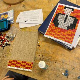"""Kunstprojekt """"Mosaik"""" in der 4C/4D"""