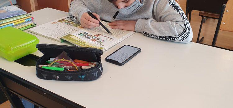Distance Learning und Lernbetreuung in der 1A und 1C